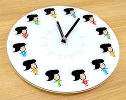 石川さんの壁かけ時計が新発売!